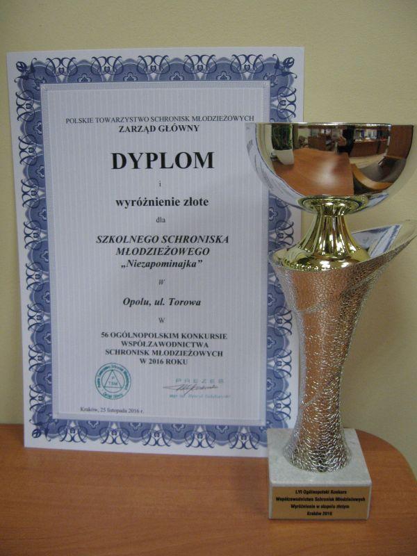 Rok 2016 - Złote wyróżnienie w 56 Ogólnopolskim Konkursie Współzawodnictwa Schronisk Młodzieżowych
